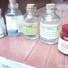 Antigüedades: LOTE 5 FRASQUITOS CRISTAL ANTIGUAS MEDICINAS. LEER DESCRIPCIÓN. Lote 164768830