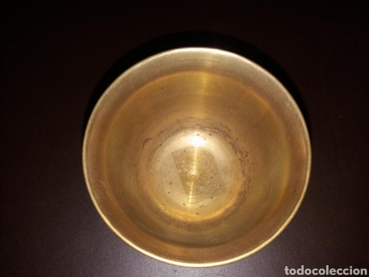 Antigüedades: Vaso repujado. - Foto 3 - 164791284
