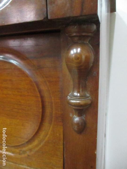 Antigüedades: Cómoda Isabelina (Ditada) - Madera de Nogal - con Llave - S. XIX - Foto 3 - 164889270