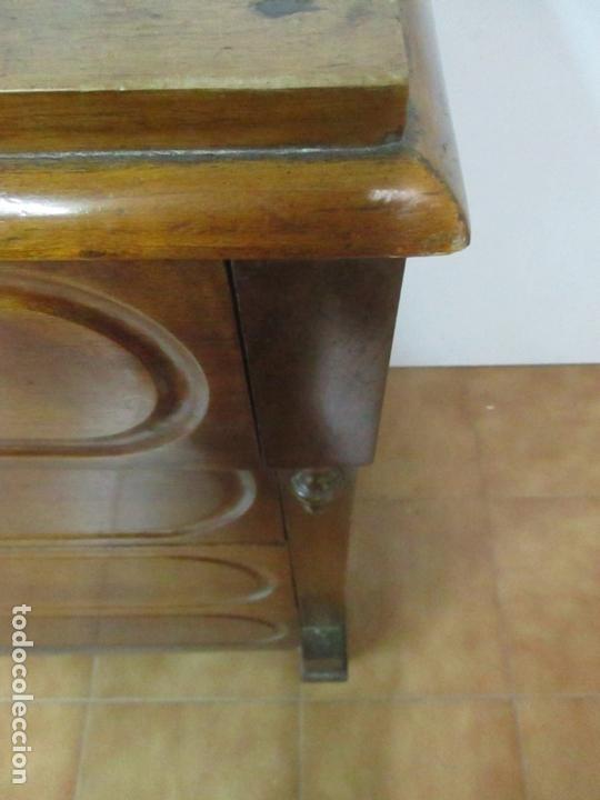 Antigüedades: Cómoda Isabelina (Ditada) - Madera de Nogal - con Llave - S. XIX - Foto 7 - 164889270