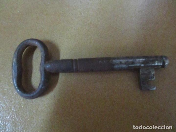 Antigüedades: Cómoda Isabelina (Ditada) - Madera de Nogal - con Llave - S. XIX - Foto 14 - 164889270