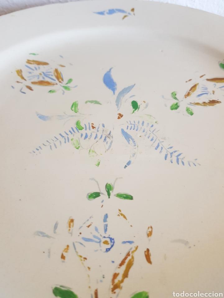 Antigüedades: Antiguo plato llano de Manises o Alcora - Foto 3 - 164901586