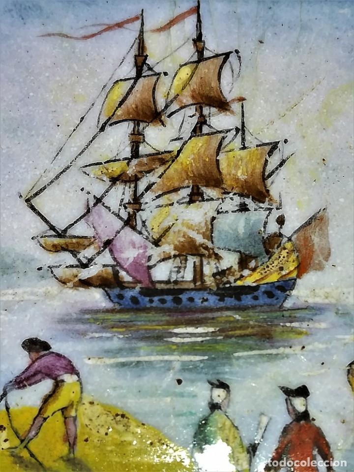 Antigüedades: ANTIGUA CAJA EN BRONCE SIGLO XIX,ESMALTE AL OLEO,FIRMADA GAMET,GALEON,PESCADORES,NOBLES,TEMA MARINA - Foto 6 - 164961166