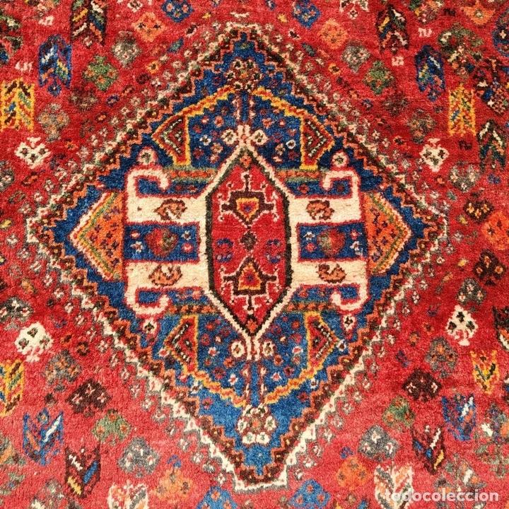 Antigüedades: GRAN ALFOMBRA SHIRAZ. LANA ANUDADA A MANO. IRAN. PRIMERA MITAD SIGLO XX - Foto 8 - 165019590