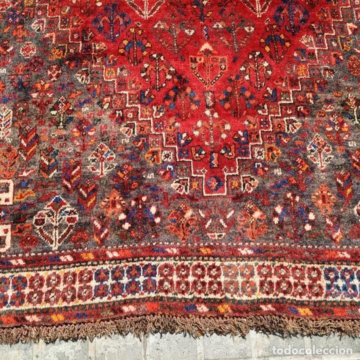 Antigüedades: GRAN ALFOMBRA SHIRAZ. LANA ANUDADA A MANO. IRAN. PRIMERA MITAD SIGLO XX - Foto 13 - 165019590