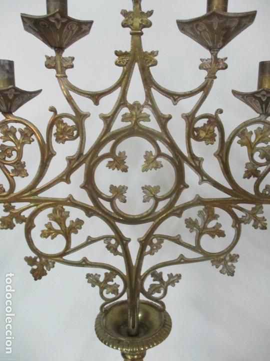 Antigüedades: Gran Candelabro Judío - Menora - Bronce Cincelado - 7 luces - 87 cm Altura - S. XIX - Foto 12 - 165026838