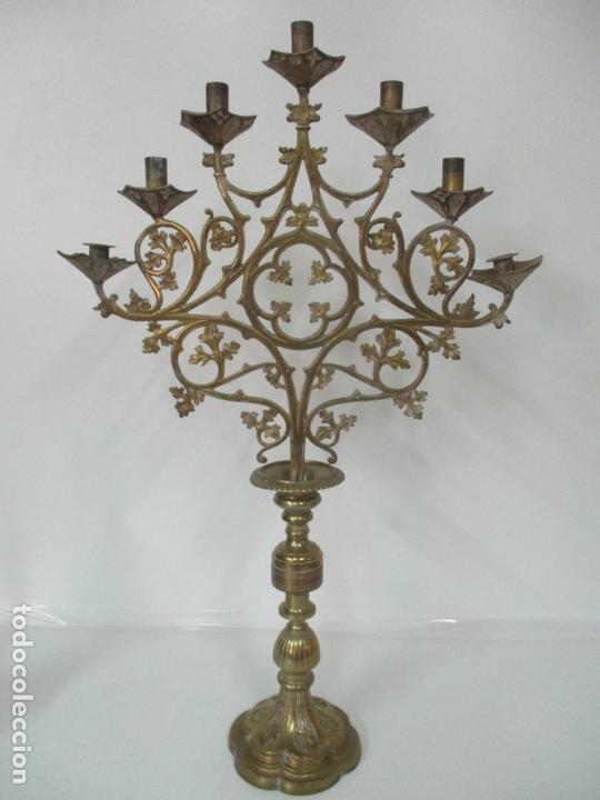 Antigüedades: Gran Candelabro Judío - Menora - Bronce Cincelado - 7 luces - 87 cm Altura - S. XIX - Foto 34 - 165026838