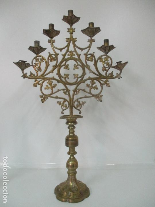 GRAN CANDELABRO JUDÍO - MENORA - BRONCE CINCELADO - 7 LUCES - 87 CM ALTURA - S. XIX (Antigüedades - Iluminación - Candelabros Antiguos)