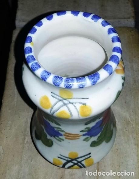 Antigüedades: Albarelo o jarrón de cerámica de Talavera. Firmado en la base. - Foto 2 - 165041078