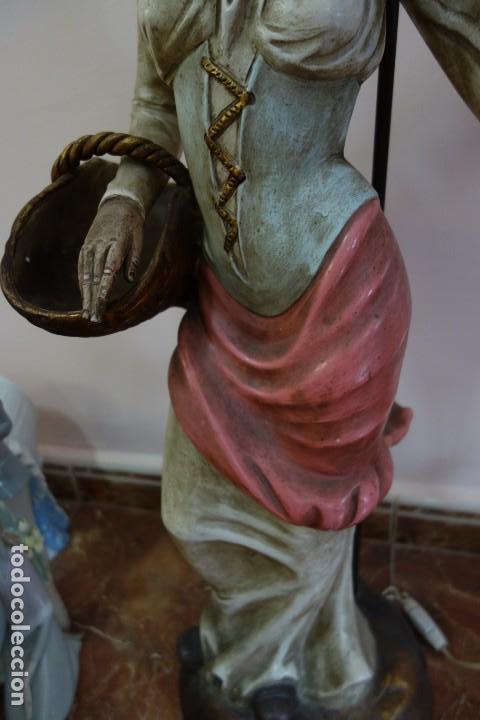 Antigüedades: PAREJA DE LAMPARAS DE PORCELANA DE MEDIADOS DEL SIGLO XX - Foto 4 - 165044282