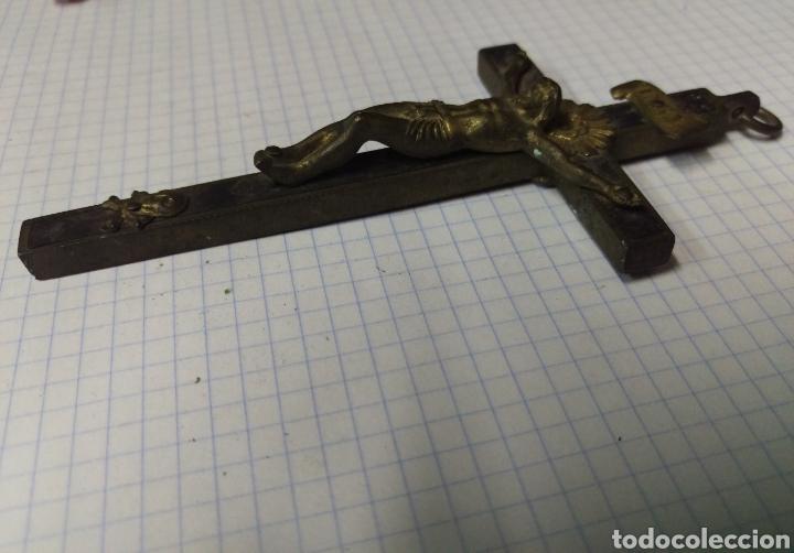 Antigüedades: Excelente cruz en bronce y madera - Foto 3 - 165072837