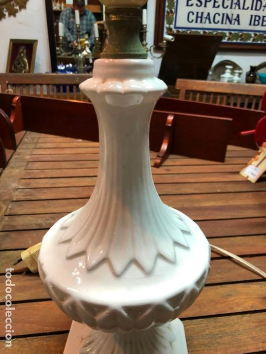 Antigüedades: PRECIOSA LAMPARA CERAMICA MANISES - MEDIDA 37 CM - Foto 3 - 165078826