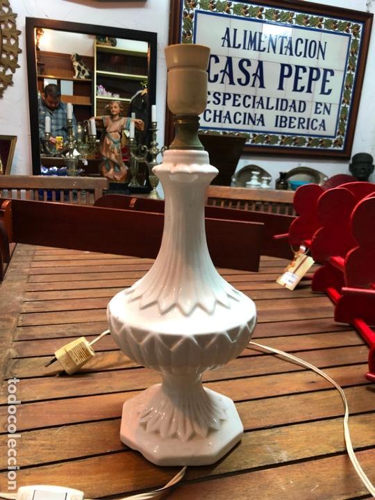 PRECIOSA LAMPARA CERAMICA MANISES - MEDIDA 37 CM (Antigüedades - Porcelanas y Cerámicas - Manises)