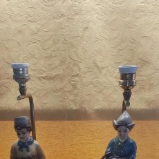 Antigüedades: PAREJA LAMPARAS NIÑOS HOLANDESES. Lote 165093026