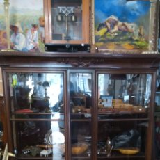 Antigüedades: VITRINA ALEMANA AÑO 1900. Lote 165094948