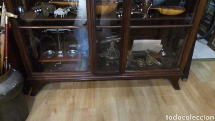 Antigüedades: VITRINA ALEMANA AÑO 1900 - Foto 3 - 165094948