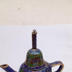 Antigüedades: FIGURA TETERA PORCELANA CHINA. Lote 165103182