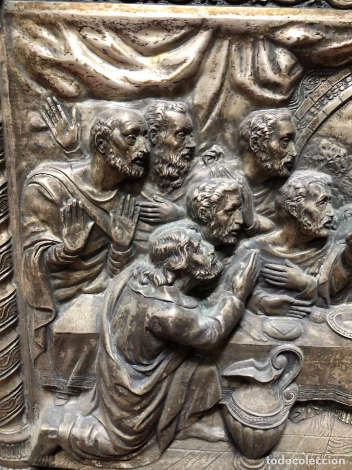Antigüedades: CUADRO DE LA ULTIMA CENA EN RELIVENE. MEDIDA TOTAL 59.5 X 44.5 CM. MEDIDA INTERA 45.5 X 30 CM. - Foto 2 - 165155318