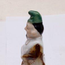 Antigüedades: FIGURA DE PORCELANA CHINA. Lote 165162886