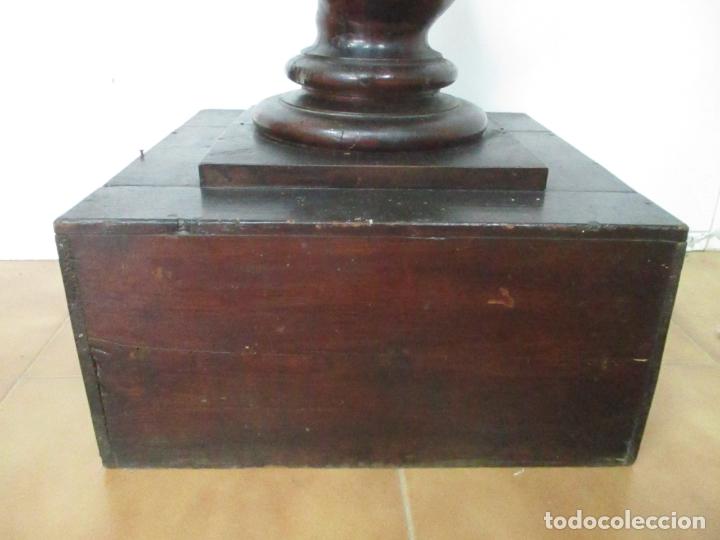 Antigüedades: Antigua Columna Salomónica - Pedestal, Peana Barroca - Madera de Nogal - 139 cm Altura - S. XVIII - Foto 3 - 165226362