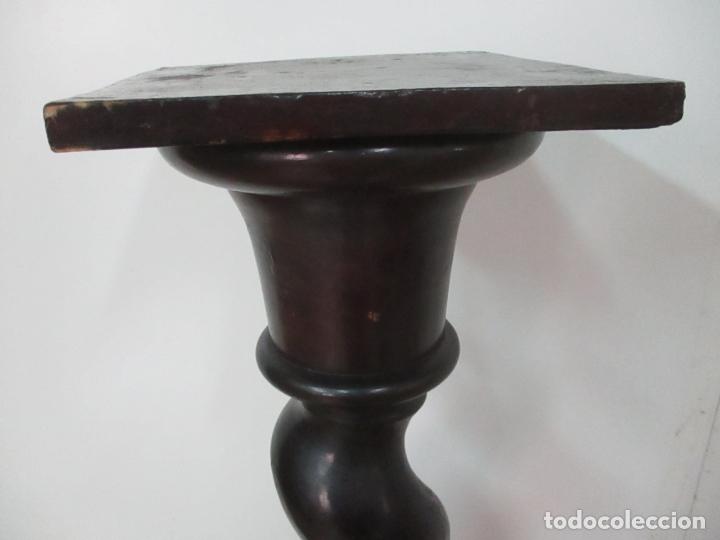 Antigüedades: Antigua Columna Salomónica - Pedestal, Peana Barroca - Madera de Nogal - 139 cm Altura - S. XVIII - Foto 6 - 165226362