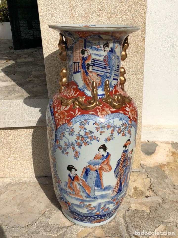 JARRÓN MUY GRANDE DE CERÁMICA CHINA, CON SELLO. (Antigüedades - Porcelanas y Cerámicas - China)