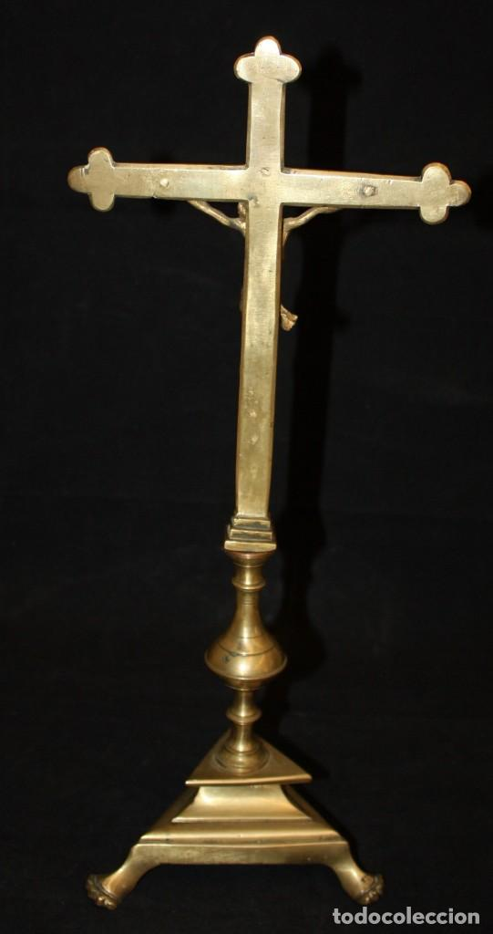 Antigüedades: CRUCIFIJO EN BRONCE DEL SIGLO XVIII - Foto 3 - 165314406
