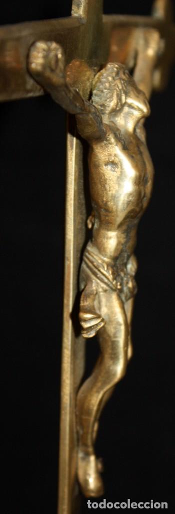 Antigüedades: CRUCIFIJO EN BRONCE DEL SIGLO XVIII - Foto 5 - 165314406