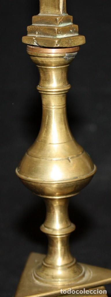 Antigüedades: CRUCIFIJO EN BRONCE DEL SIGLO XVIII - Foto 8 - 165314406
