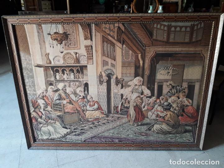 TAPIZ ESCENA MORISCA (Antigüedades - Hogar y Decoración - Tapices Antiguos)