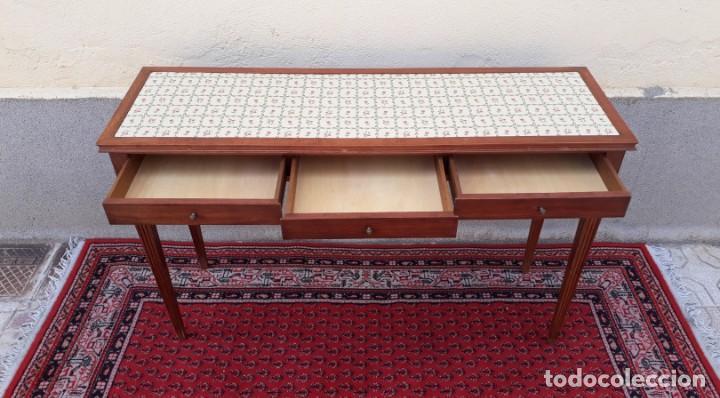 Antigüedades: Gran consola antigua estilo Luis XVI. 117 cm. Mesa auxiliar antigua estilo inglés. - Foto 4 - 165322062
