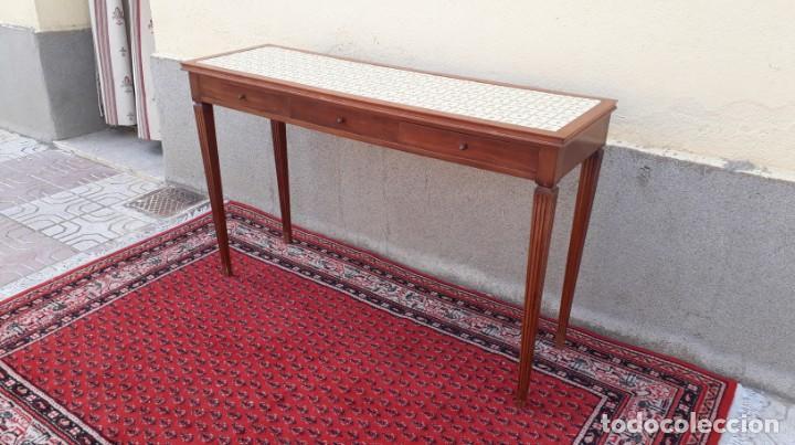 Antigüedades: Gran consola antigua estilo Luis XVI. 117 cm. Mesa auxiliar antigua estilo inglés. - Foto 9 - 165322062