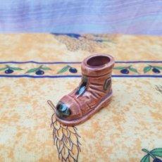 Antigüedades: FIGURITA BOTA. Lote 165330766