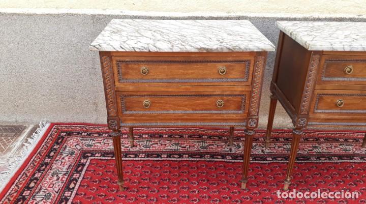 Antigüedades: 2 dos mesillas de noche antiguas estilo Luis XVI. Pareja de mesitas de dormitorio antiguas vintage. - Foto 5 - 191142838