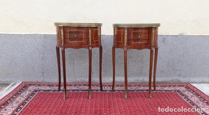 Antigüedades: 2 dos mesitas de noche antiguas estilo Luis XV. Pareja de mesillas de dormitorio antiguas francesas. - Foto 5 - 165372338