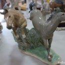 Antigüedades: FIGURA DE PORCELANA DE NAO DE LOS AÑOS 70. Lote 165372374