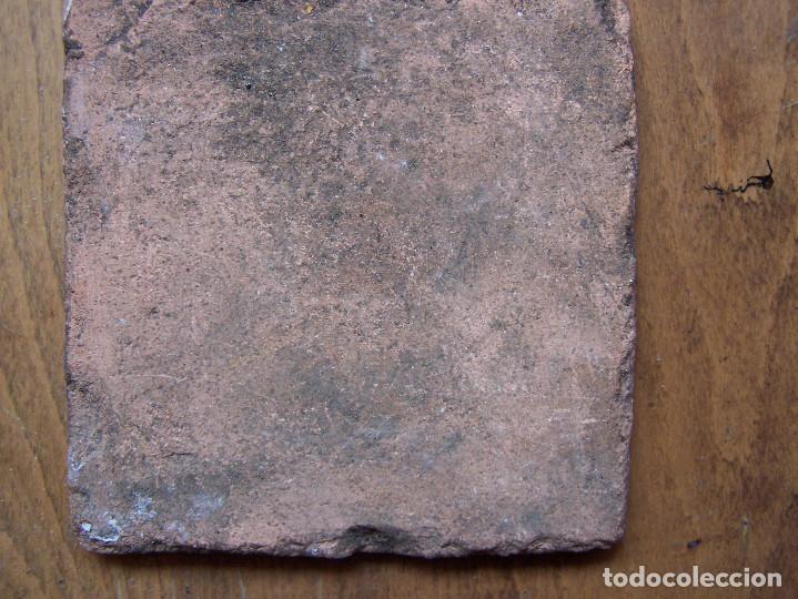 Antigüedades: La castañera: Azulejo catalán de oficios del siglo XVIII. Dimensiones 13 ,5 cm. por 13, 50 cm. - Foto 3 - 165393062