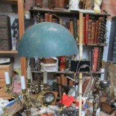 Antigüedades: LAMPARA ANTIGUA PIE CIRCA 1900 DE ATELIER PURO BAUHAUS. Lote 165406082