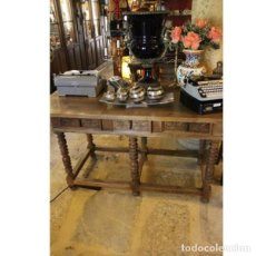 Antigüedades: ANTIGUA MESA DE MADERA DE NOGAL. Lote 165417010
