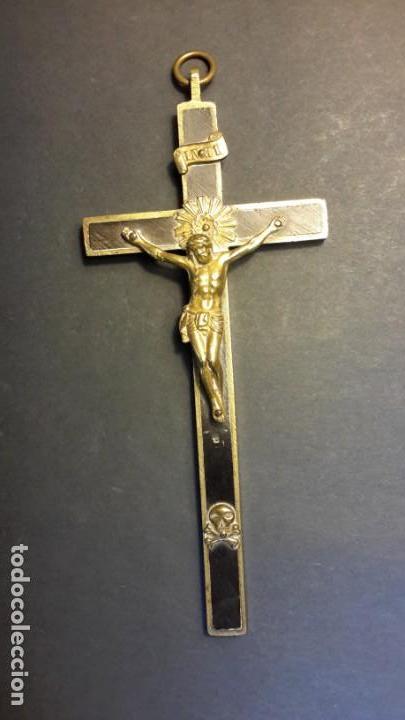 Antigüedades: Crucifijo 18 cm con Cristo y calavera, y Sagrado Corazón - Foto 3 - 160536002