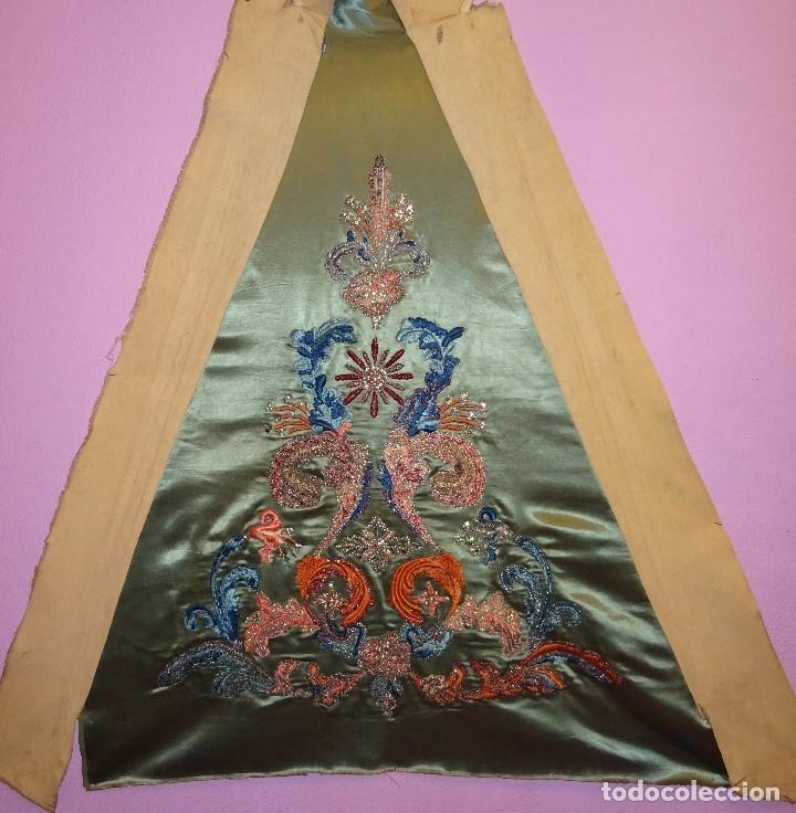 FRENTE BORDADO SGLO XIX (Antigüedades - Religiosas - Ornamentos Antiguos)