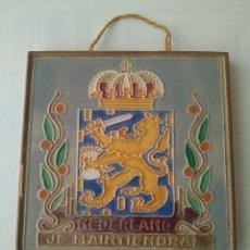 Antigüedades: VINTAGE AZULEJO DE COLECCIÓN NEDERLANDJE MAITEINDRAL/WESTRAVEN UTRECHT WEITTIG GEDEPONEERD. Lote 165462182