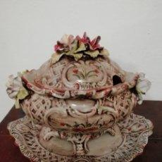 Antigüedades: SOPERA ANTIGUA PORCELANA. Lote 165477498