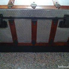 Antigüedades: ANTIGUO BAUL GRANDE RESTAURADO. Lote 165516710