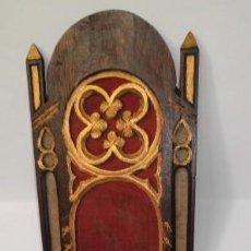 Antigüedades: CAPILLA DE MADERA. Lote 165520686