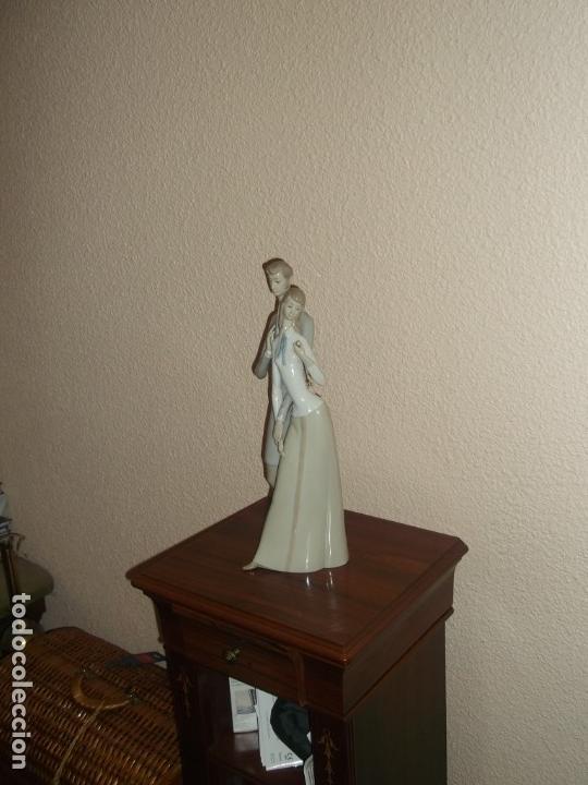 Antigüedades: Figura porcelana Rosal Lladro . Pareja enamorados. Brillo. Muy rara. Marcada Rosal Made in Spain. - Foto 14 - 145995650