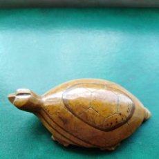 Antigüedades: BONITA Y ANTIGUA TORTUGA DE MÁRMOL . Lote 165625478