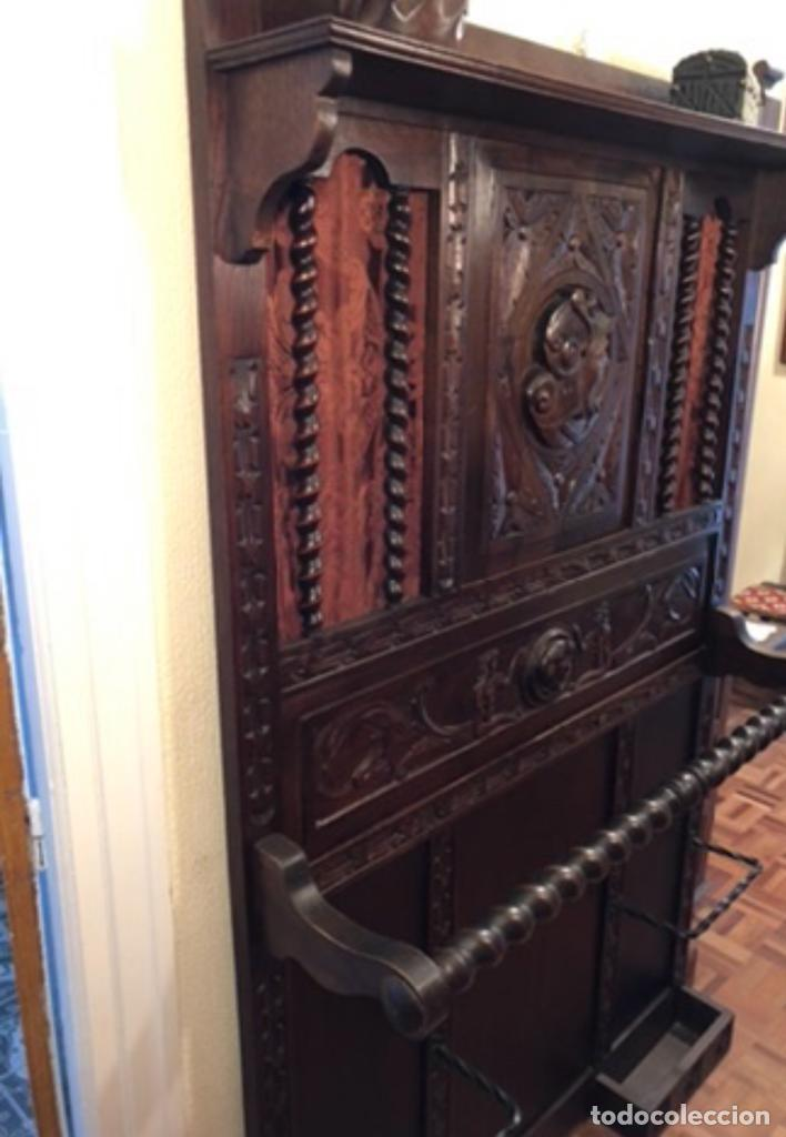 MUEBLE TALLADO RECIBIDOR PARAGÜERO (Antigüedades - Muebles Antiguos - Auxiliares Antiguos)