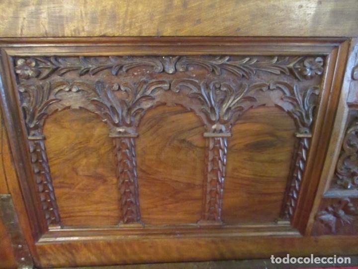 Antigüedades: Pareja de Arcas Barrocas - Caja, Baúl, Arcón Catalán - Madera de Nogal - S. XVIII - Foto 10 - 165647878