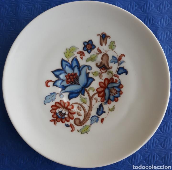 CERÁMICA PLATO DECORADO FLORES PUSCH & DES VALENCIA (Antigüedades - Porcelanas y Cerámicas - Otras)